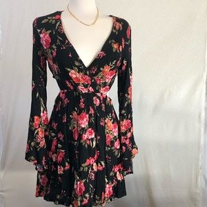 Forever 21 floral dress side cut outs